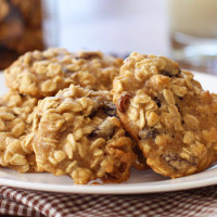 Oatmeal Walnut Raisin Cookies