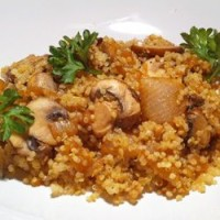 Quinoa with Caramelized Onions and Mushrooms